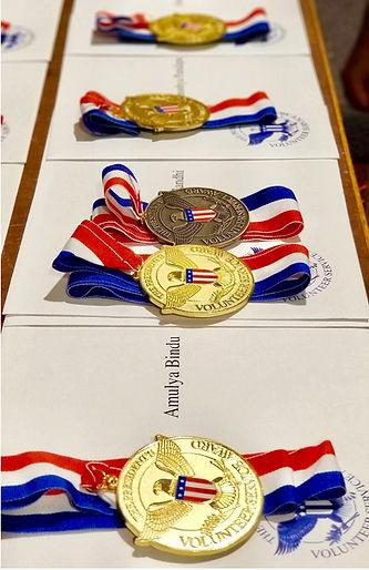 medal-vertical.jpg