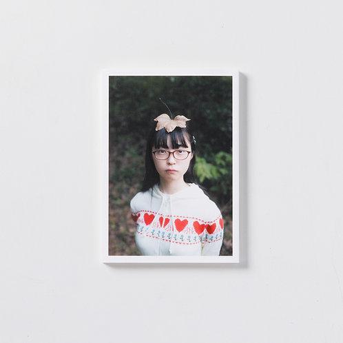 極私的写真集『少女礼讃(三十)』【30部限定】