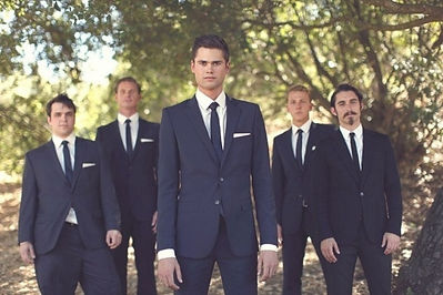 hot-2014-wedding-trend-navy-suits-for-gr