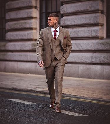 Gaston sage tweed suit