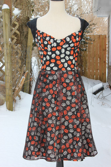 love among theives pumpkin dress s4.jpg