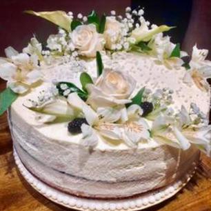 """Honey """"Naked"""" Wedding Cake"""