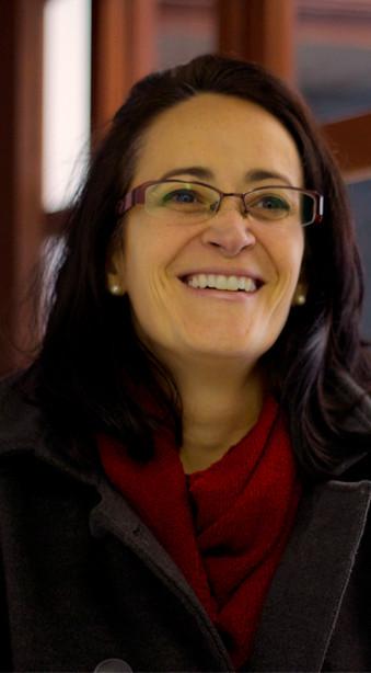 Esp. Cristiane Rangel