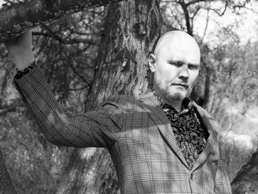 Old Man Corgan Roustabouts America