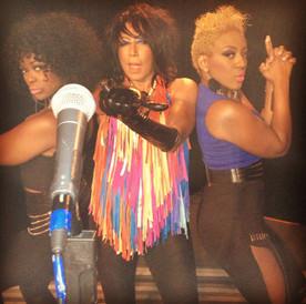 Diva & A Turntable!