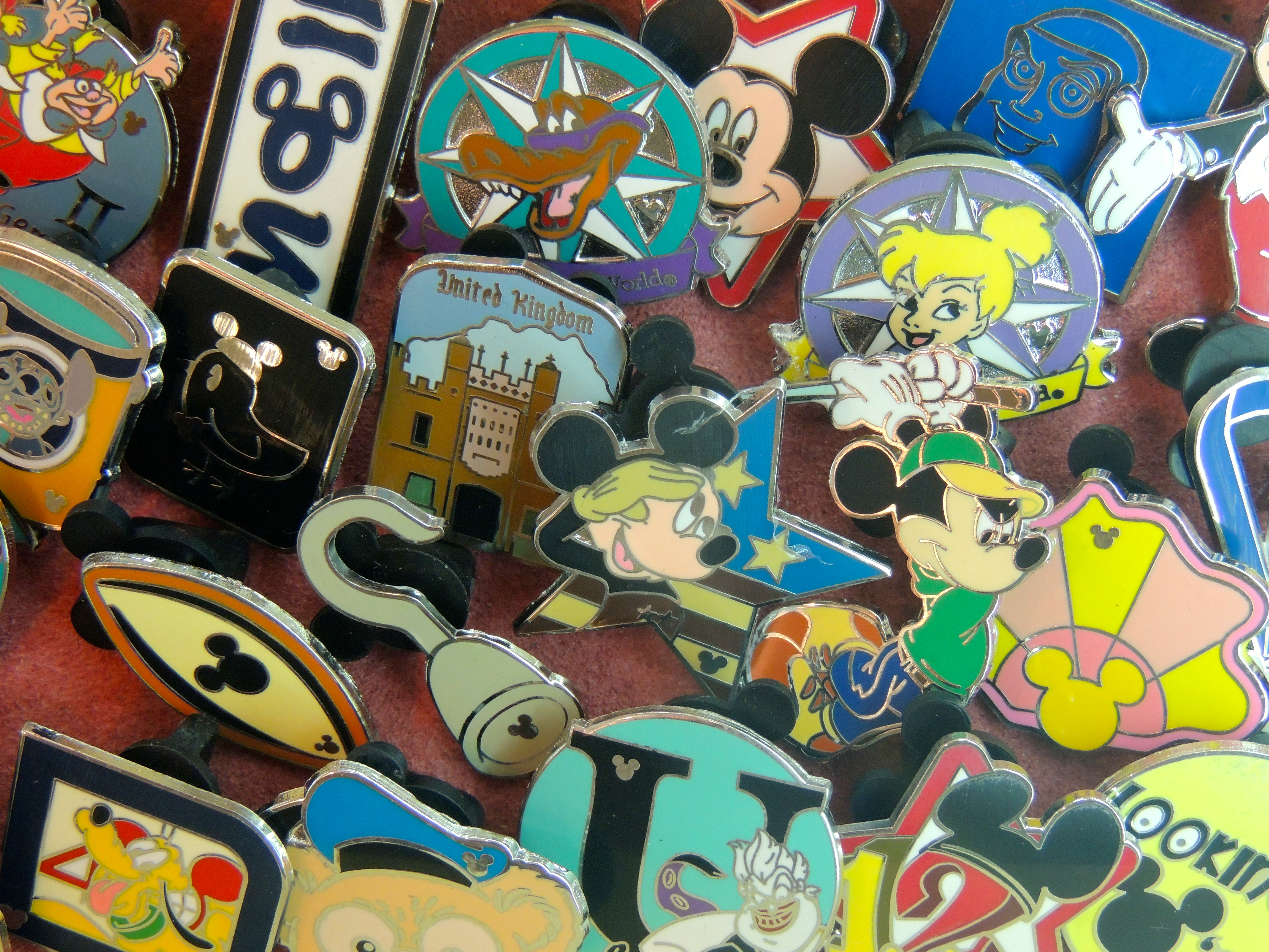 Disney Trader Pins