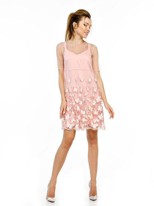 Розовое двухслойное платье с вышивкой на сетке и кружевным подолом