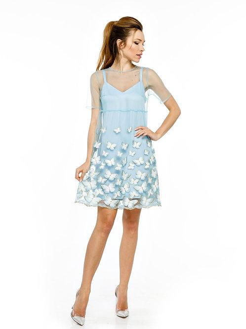 Голубое двухслойное платье с вышивкой на сетке и кружевным подолом
