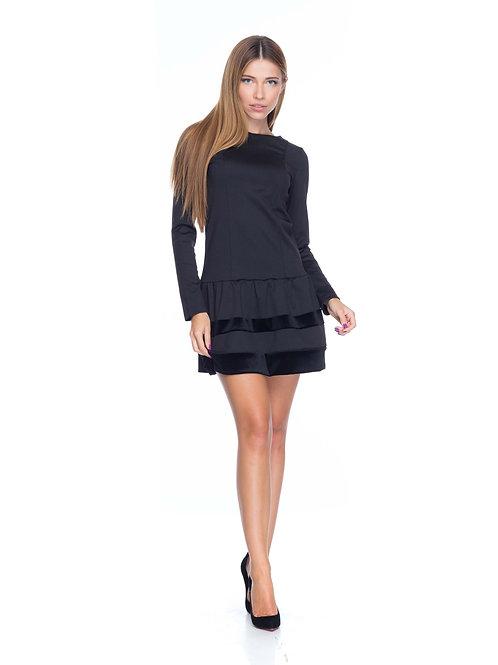 Чёрное трикотажное платье с бархатными вставками