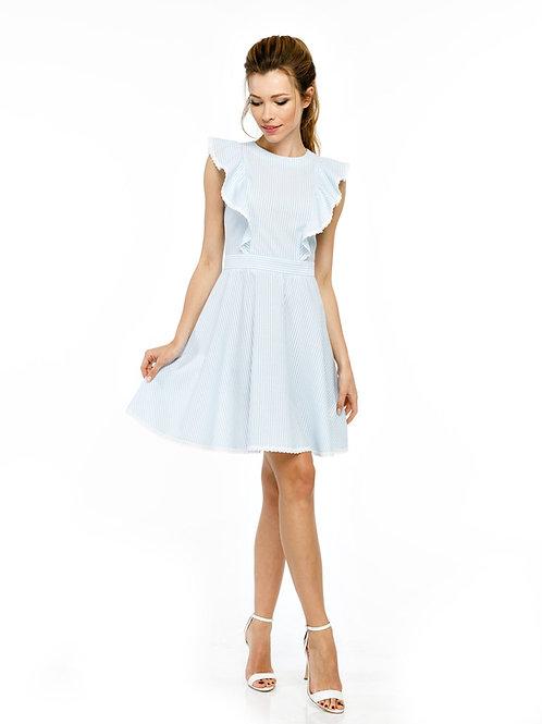 Голубое платье, отрезное по линии талии с воланами и кружевной отделкой