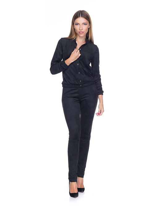 Чёрный брючный замшевый костюм