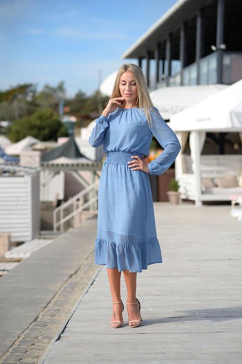 Голубое шифоновое платье, отрезное по линии талии на резинке, юбка миди