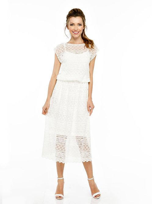 Белое кружевное двухслойное платье, отрезное по линии талии на резинке, миди