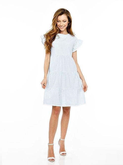 Голубое платье свободного кроя с воланами и кружевной отделкой, принт полоска