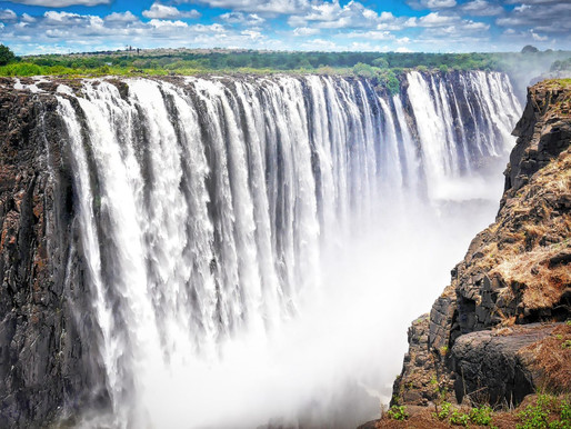THE ULTIMATE VICTORIA FALLS BUCKET LIST
