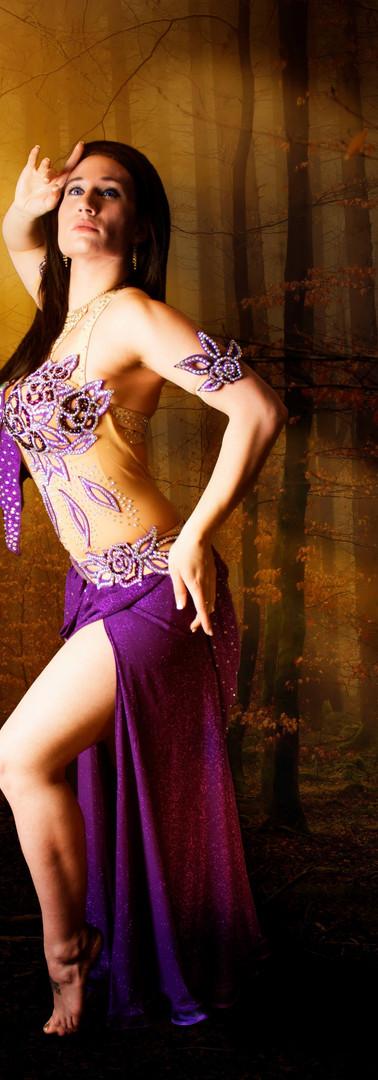 Malika Danse falling