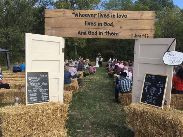 An outdoor wedding at Ol Mac
