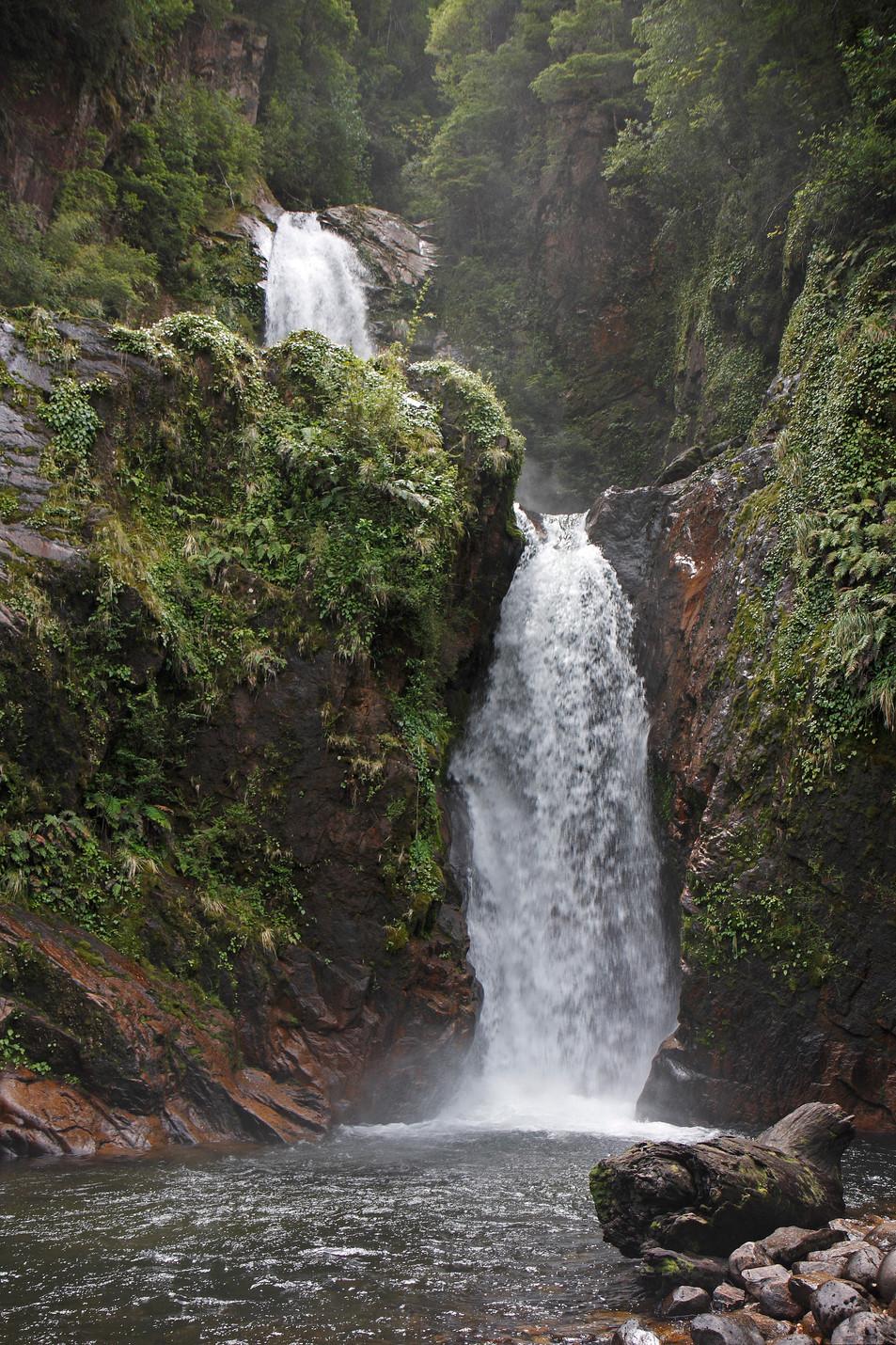 Wasserfall No. 01