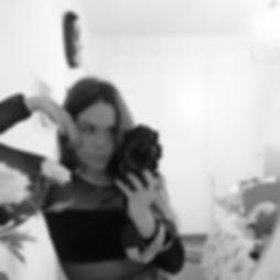 mirror_selfie.jpg