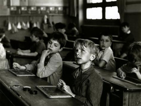 robert-doisneau-paris-1956_a-G-310817-0rdd