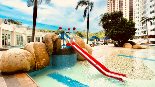 Kids can enjoy an exhilarating splash at the kid's pool, more than enough to savour an enjoyable afternoon swim.  Opening hours: Monday to Sunday - 7:00 am to 10:00 pm