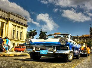 Old-Car-Cuba-Beach-HD-Wallpapers.jpeg