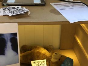 Rollelek med bamser - Røntgen og blodprøver