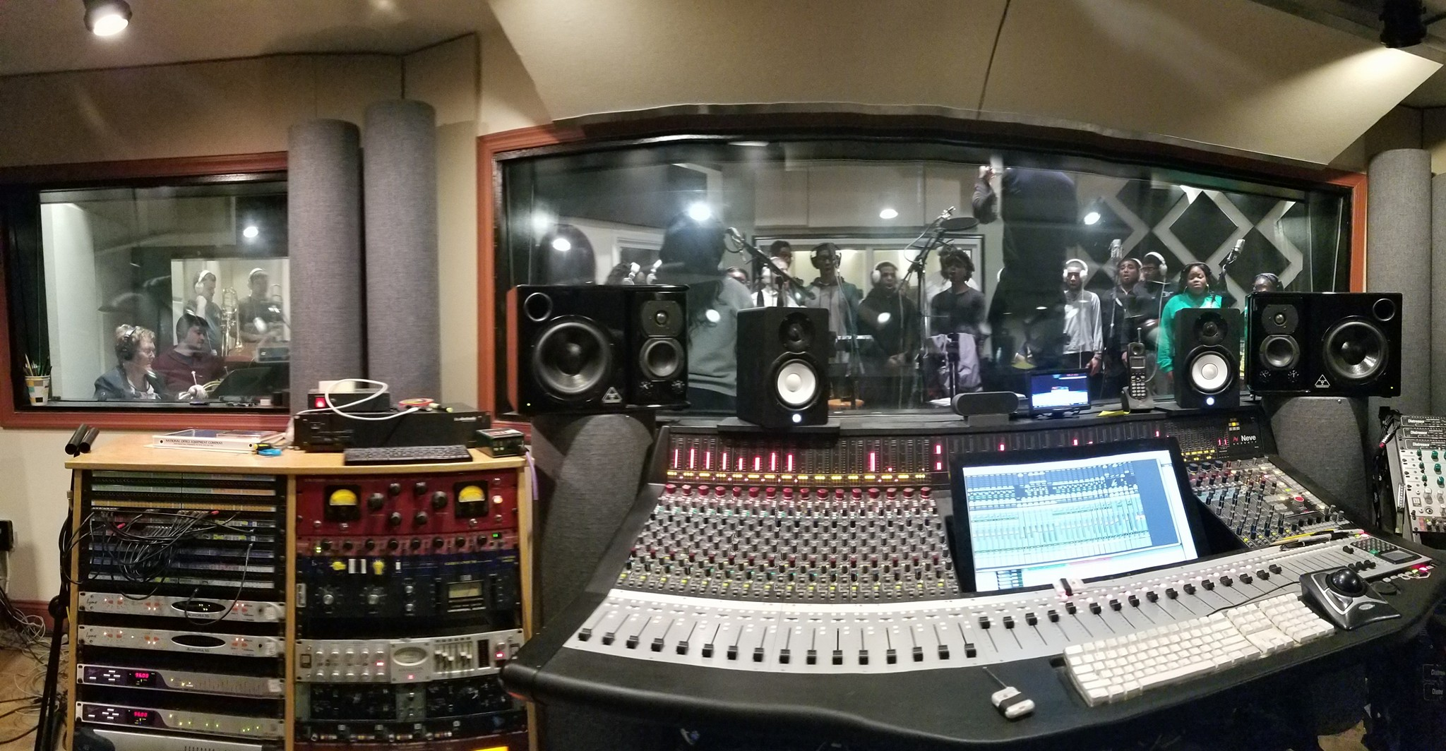pano of our neve room