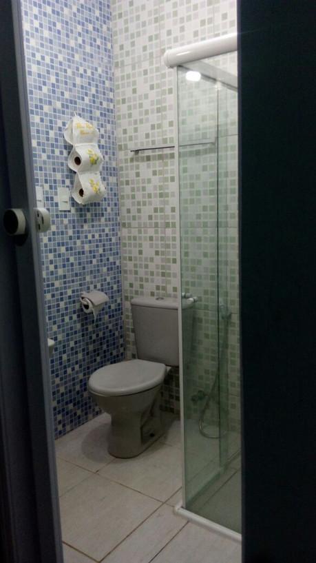 banheiro suite pequena