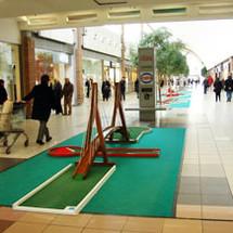 location-minigolf-centre-commercial.jpg
