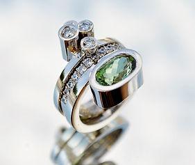 4.Manhattan turmalin diamanter vitguld.j