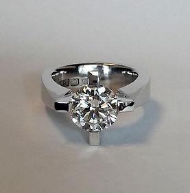 F2.Star diamant vitguld.jpg