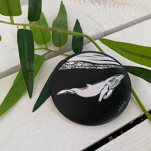 """Magnet Pin """"Whale"""""""