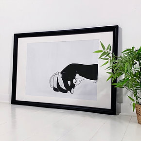 "Framed Hands ""Love"" - 98 x 68 cm"