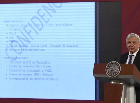 """Sin validar su autenticidad, AMLO difunde """"estrategia"""" opositora bajo el nombre de BOA"""