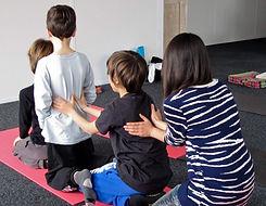 Massage-en-famille1-1-1024x794.jpg