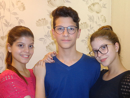 O Odontopediatra e a saúde bucal dos adolescentes