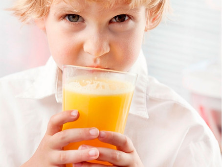 Crianças com dentes sensíveis: porque isso acontece e o que fazer.