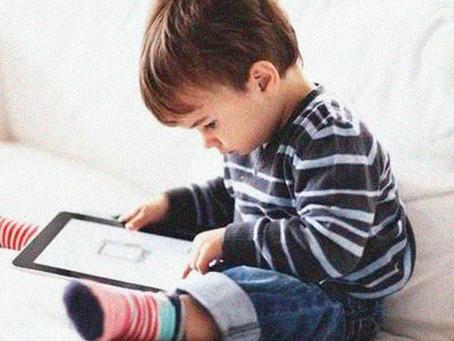 Novos e maus hábitos: como eles estão prejudicando o desenvolvimento das crianças.