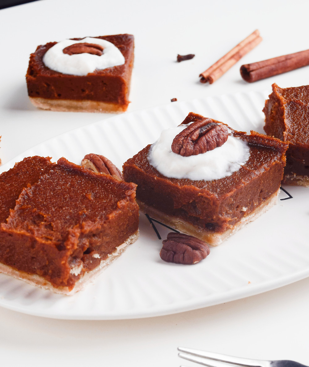 Creamy Vegan Pumpkin Pie Bars