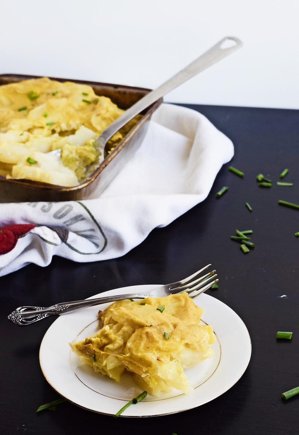 Easy Vegan Cheesy Scalloped Potatoes