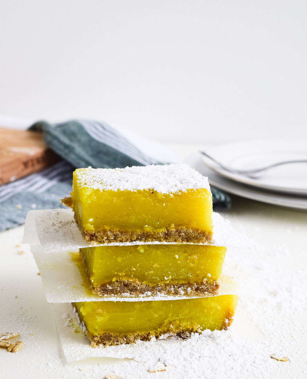 The Best Gluten-Free Lemon Bars (Vegan + Eggless))