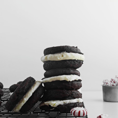 Peppermint Whoopie Pies (vegan)