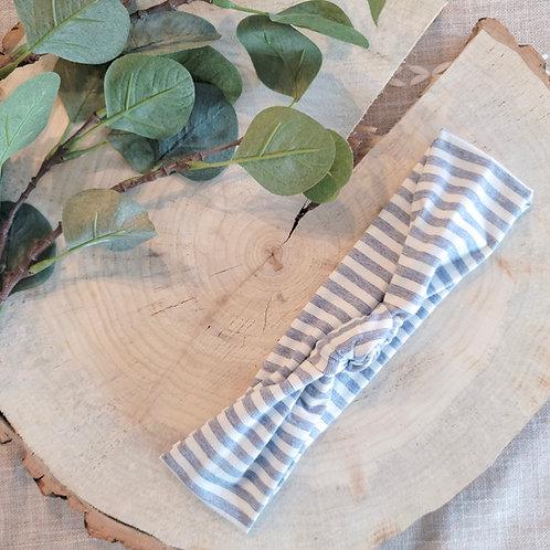 Betty Stripe Knot