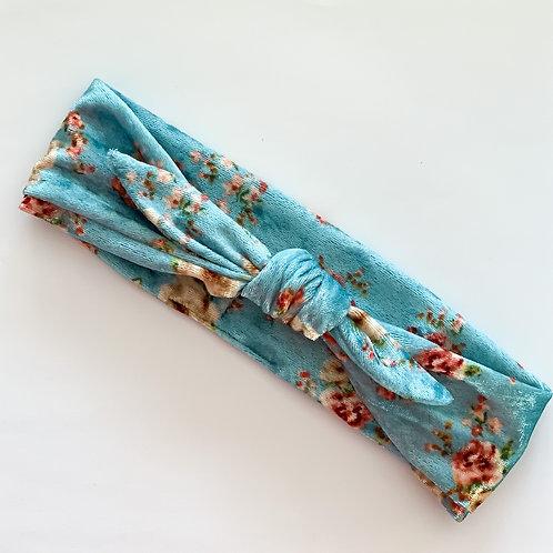 Delilah Little Tie