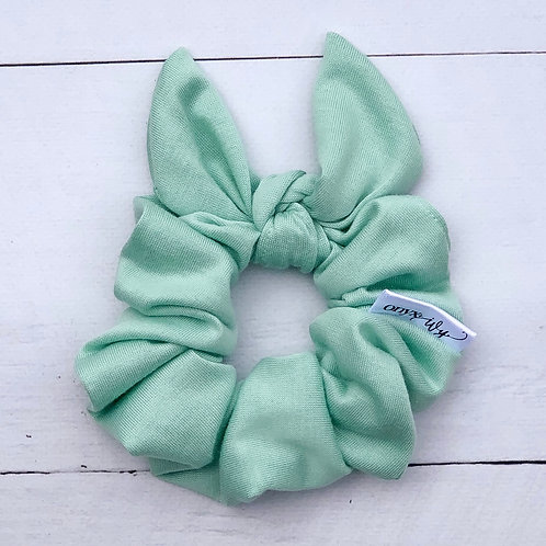 Isabel Classic Bow