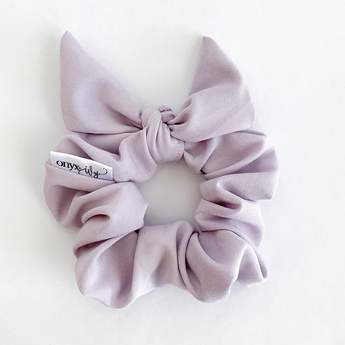 Lucy Classic Bow