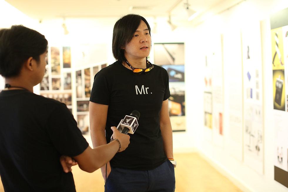 泰國電視台採訪周天民
