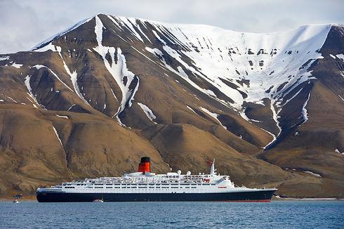 Cunard - Spitsbergen.jpg
