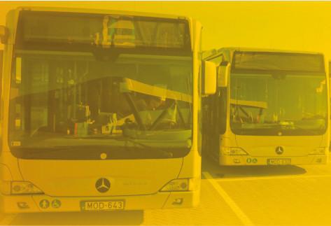 Már mobilapplikációval is megvásárolhatók a helyi buszjegyek és bérletek